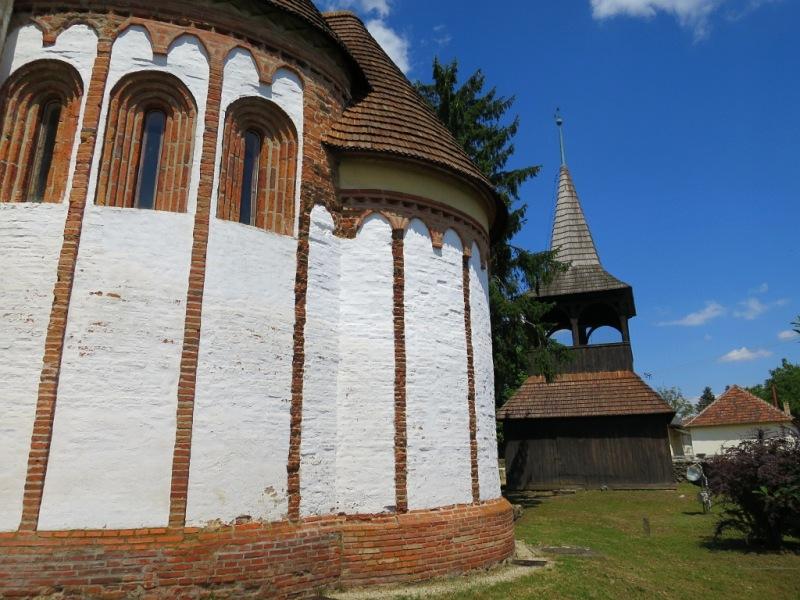 Szalonnai református templom Árpád-kori körtemplom