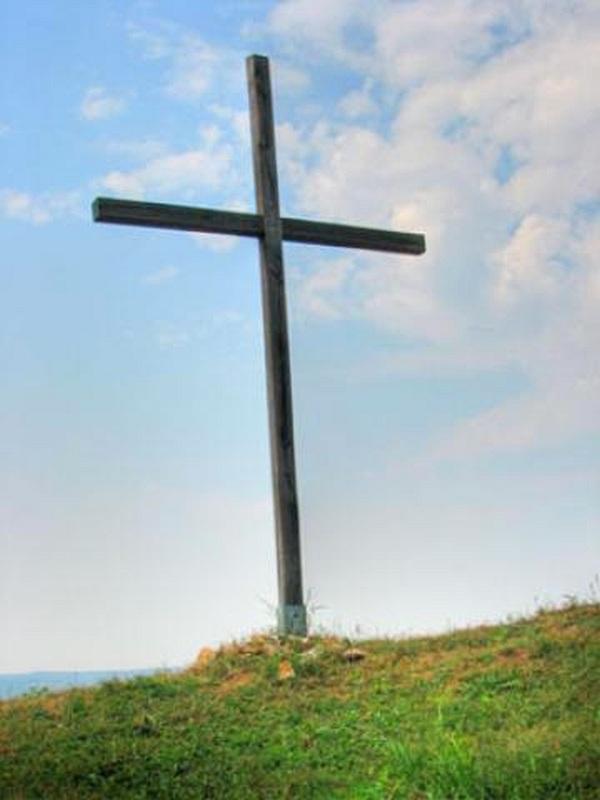 Katolikus Egyház keresztje Szendrő
